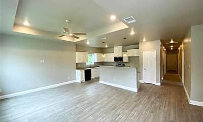 Living Room, 3614 Short St, 1