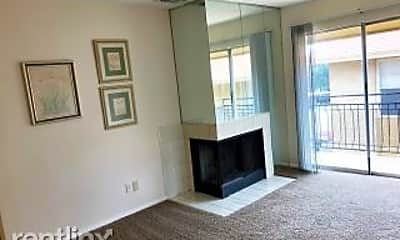 Living Room, 923 Vance Jackson Rd, 1
