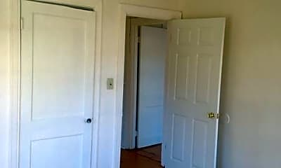 Bedroom, 628 Harrison St, 2