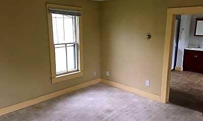 Bedroom, 219 E Lamme St, 1