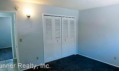 Bedroom, 55542 Santa Fe Trail, 2