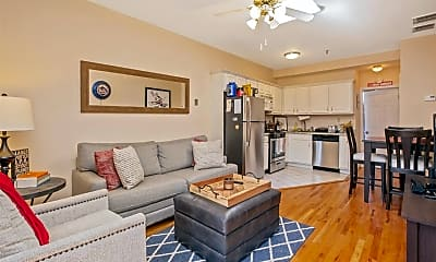 Living Room, 532 Washington St, 2