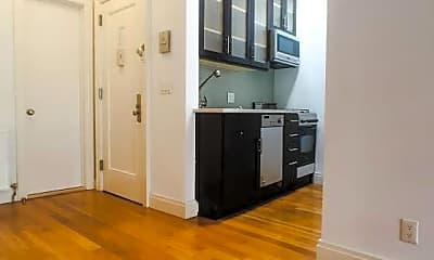 Living Room, 415 W 22nd St, 1