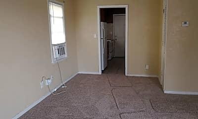 Living Room, 1000 Brush Creek Blvd, 1