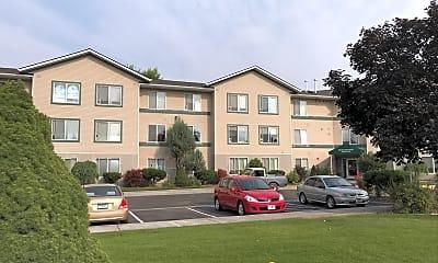 Burlington Square Apartments, 0