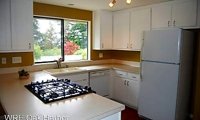 Kitchen, 1220 Crescent Dr, 1