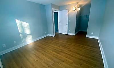 Living Room, 4711 S Union St, 2