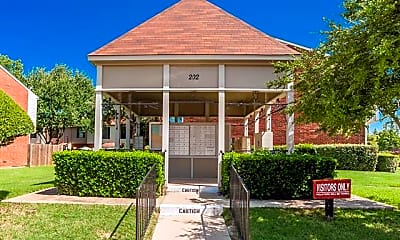 Building, 222 Samuel Blvd L2, 2