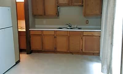 Kitchen, 909 Elm St, 1