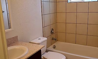 Bathroom, 504 Calcaterra Cir, 2