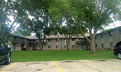 Marquette Highlands Apartments, 0