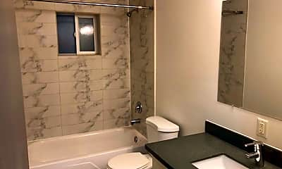 Bathroom, 3017 NE 140th St, 2