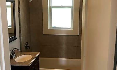 Bedroom, 3306 Russell Blvd, 2