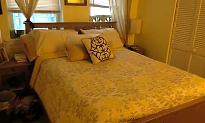 Bedroom, 92 Gordon St, 1
