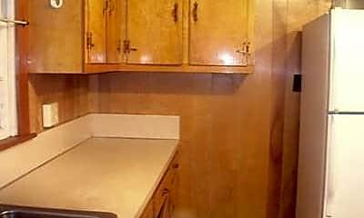 Bathroom, 65 Crestview Heights, 2