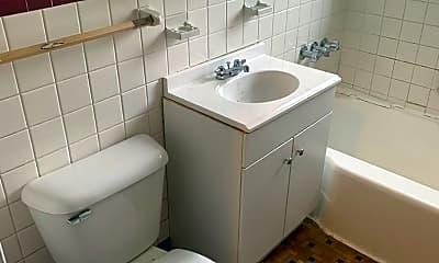 Bathroom, 2715 Noble Rd, 2