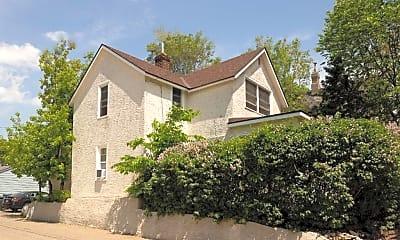 Building, 1113 Spring St NE, 2