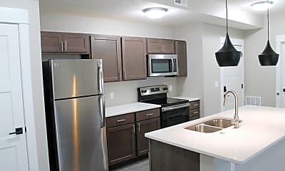 Kitchen, 1007 Sunrise Dr, 1