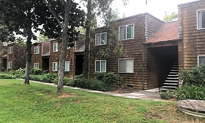 Montecito Pines, 0