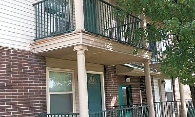 Riverside Estates Apartments, 2