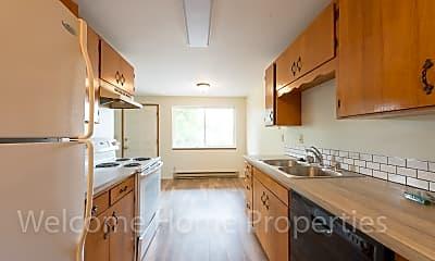 Kitchen, 347 SE 3rd St, Apt 202, 0