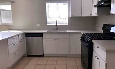 Kitchen, 6631 Kingman Ave 4, 0