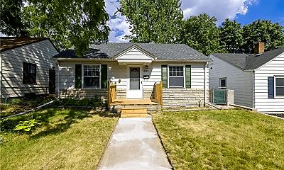 Building, 3623 3rd St NE, 1