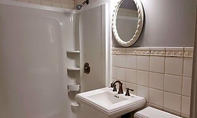Bathroom, 7124 Linden St, 2