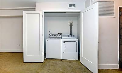 Kitchen, 264 Saratoga Ave 1, 2