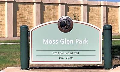 5828 Mossbrook Trail, 2
