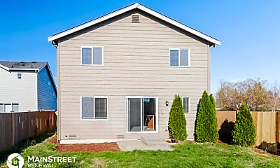 Building, 2210 193rd St E, 2