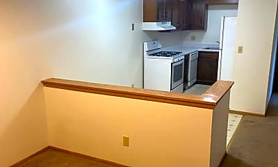 Kitchen, 9102 W Dixon St, 1