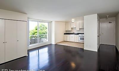 Living Room, 2300 Buchanan St, 1