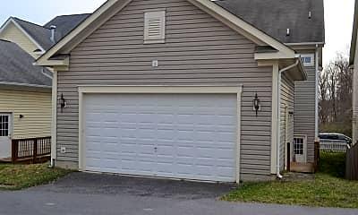 Building, 23857 Burdette Forest Rd, 2