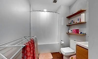Bathroom, 1 Sewall St #105, 2