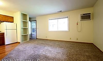Living Room, 123 N 37th St, 0