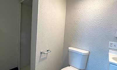Bathroom, 1010 W Boone Ave, 2