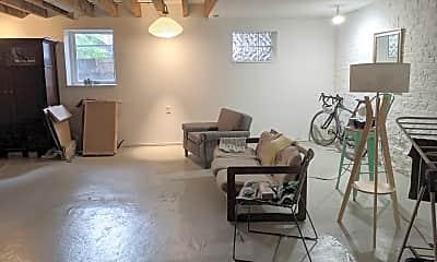 Living Room, 600 W 18th St 2, 2