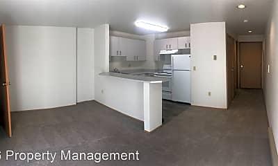 Kitchen, 512 NE 103rd St, 1