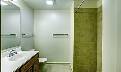 Bathroom, Columbia Hills Apartments, 2