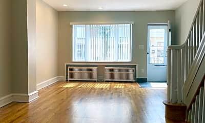 Living Room, 2640 S Iseminger St, 1