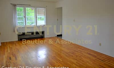 Living Room, 6 S Oak St, 1