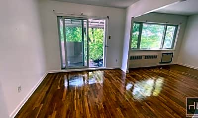 Living Room, 640 E 85th St 3, 0