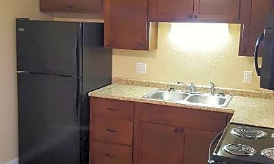 Kitchen, 200 Fulton St, 2