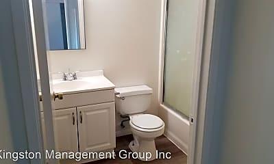 Bathroom, 815 Centinela Ave, 1