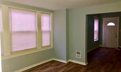 Bedroom, 2017 Edgmont Ave, 1