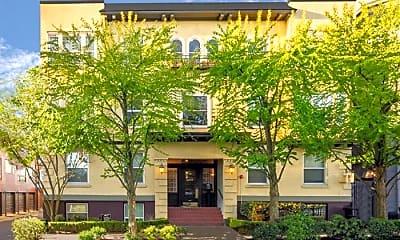 Building, 1511 E Mercer St, 0