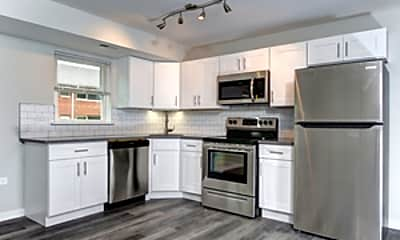 Kitchen, 501 W Euclid Ave 010, 1