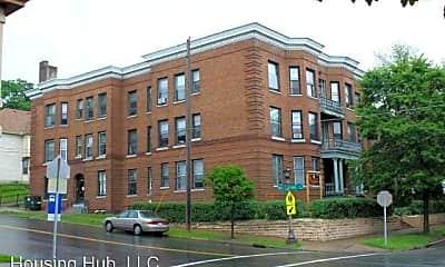 Building, 296 Bates Ave, 0