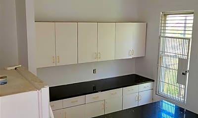 Kitchen, 967 E 165th St 3RD, 1
